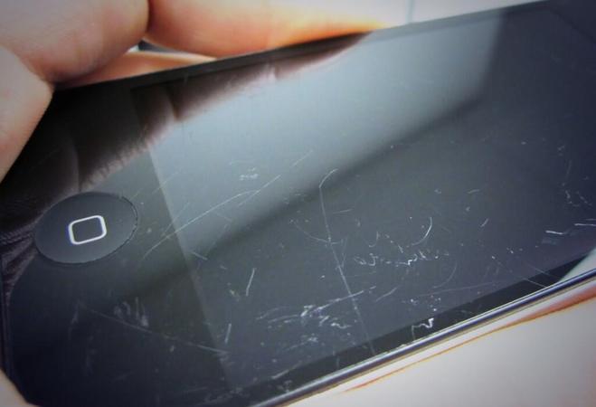 برطرف کردن خط و خش صفحه نمایش گوشی های هوشمند